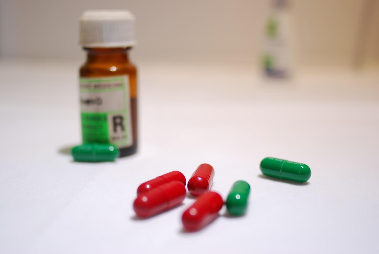 how to store antibiotics