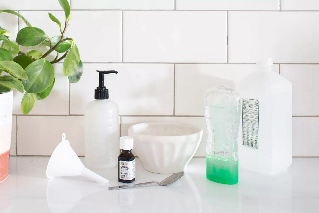 materials for diy hand sanitizer